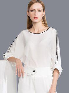 White three quarter sleeve with black edging | Ezpopsy.com; Blusa negro blanco;