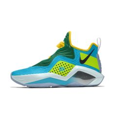 LeBron Soldier 14 By You Custom Basketball Shoe Nike Id Shoes, Sneakers Nike, Custom Basketball, Basketball Shoes, Nike Huarache, Nike Tennis, Basketball Sneakers