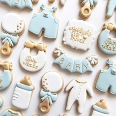 Adorable baby shower cookie ideas by @ninamariesweetdesigns!