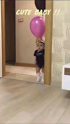 Baby Girl Images, Cute Funny Baby Videos, Cute Funny Quotes, Crazy Funny Videos, Cute Funny Babies, Cute Baby Pictures, Funny Videos For Kids, Funny Kids, Cute Kids