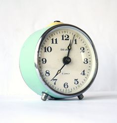 I love vintage alarm clocks! Vintage alarm clock Sevani from Armenia