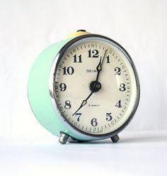 I love vintage alarm clocks! Vintage alarm clock Sevani from Armenia