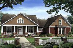 Craftsman Style House Plan - 4 Beds 2.50 Baths 2447 Sq/Ft Plan #21-308 Exterior - Front Elevation - Houseplans.com