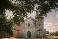 Mission San Jose in San Antonio - photograph by Joan Carroll  via @joancarroll #spanishmissions #sanjose #sanantonio