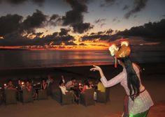 ジンバランビーチでのシーフードとサンセット | Bali Tour Guide #Bali #traveling #holiday #Dance #Balinese #sunset #jimbaran #seafood #Kuta