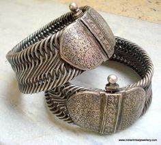 India | Set of old silver vintage anklets from Rajasthan.