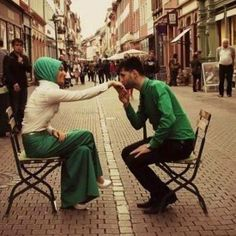 This collection of 200 Most Romantic Muslim Couples Islamic Wedding Pictures will amaze you with how romantic the bride and groom can look for their Islamic wedding. Romantic Photos, Romantic Couples, Wedding Couples, Wedding Ideas, Cute Muslim Couples, Cute Couples, Sweet Couples, Islam Marriage, Muslim Family