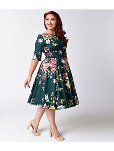 Plus Size Vintage Deep Green Seville Floral Half Sleeve Hepburn Swing Dress