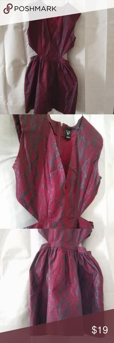 Sexy Windsor Party Dress Stretch Sz Large Sexy Stretch Maroon Style Party Dress from Windsor / Open at both ends at waist, zips up in the back. Rayon / Polyester and spandex blend / Nice Stretch / 100% Polyester black lining underneath Size Large / Please look at pic # 5 as it has a 3/4 in. rip at the seam, easily can be sewn, very small.  Make Offer, very cute. I also bundle so please let me know and if your not going to purchase, can you please share, thank you so much for looking! Windsor…