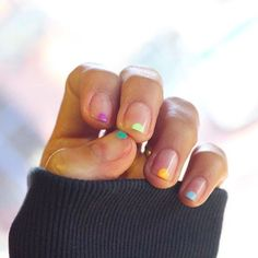 Love these nails! Don't Even Attempt Nail Art Unless You Hav.- Love these nails! Don't Even Attempt Nail Art Unless You Have These 5 Tools Love these nails! Don't Even Attempt Nail Art Unless You Have These 5 Tools – - Diy Nails, Cute Nails, Pretty Nails, Minimalist Nails, Nagellack Trends, Manicure Y Pedicure, Beautiful Nail Art, Nail Trends, Spring Nails