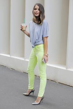 Neon jeans + tshirt
