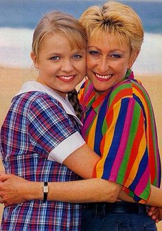 Home and away 1980s Childhood, Childhood Memories, 1990s Nostalgia, 90s Girl, Vintage Tv, Ol Days, Classic Tv, Home And Away, Old And New