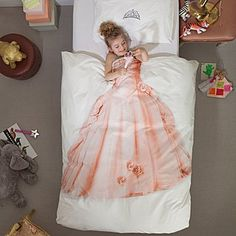 Creative little girl bed sheets would look great in the bedroom of your little princess. The princess dress photo is printed on the duvet covers Duvet Sets, Duvet Cover Sets, Cover Pillow, Quilt Cover, Pillow Set, Little Girl Rooms, Little Girls, Disney Princess Bedroom, Princess Bedrooms
