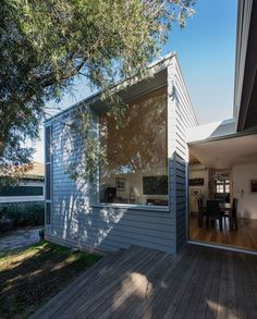 374 Hamilton by Bourne Blue Architects Architects:Bourne Blue Architects Location:Newcastle, New South Wales, Australia Year: 2014 Area: 1,776 sqft Photo courtesy:Shane Blue Description: This project in the heritage suburb of Hamilton, (Newcastle, NSW Australia) was on a large suburban block, that runs approximately North South. A small cottage existed on the site, which had been