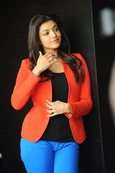 Kajal Agarwal (born 19 June is an Indian film actress, who predominantly appears in South Indian cinema. Kajal made her film debut in. Bollywood Girls, Bollywood Actress Hot, Beautiful Bollywood Actress, Bollywood Fashion, Beautiful Actresses, Beautiful Girl Photo, Beautiful Girl Indian, Most Beautiful Indian Actress, Beautiful Saree