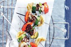 Biefspiesen Dinner With Friends, Summer Bbq, Food Inspiration, Cobb Salad, Menu, Ethnic Recipes, Camping, Gourmet, Pork