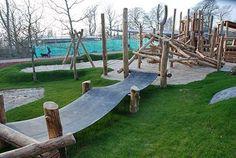 Parque infantil+natureza. Playground Build & Design   Natural, Wood   EarthWrights