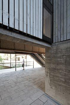 Galería de Escuela de Diseño e Instituto de Estudios Urbanos P. Universidad…