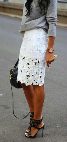 Lacy skirt Heather gray shirt