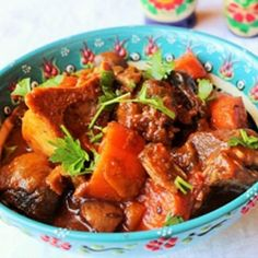 Low-carb beef goulash