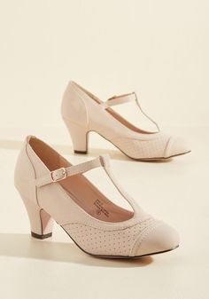 Pretty Little Hire Heel in Beige, #ModCloth