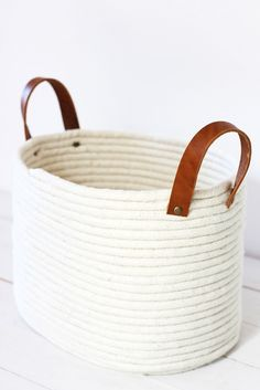 A No-Sew Rope Coil Basket DIY
