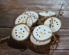 Snowman Christmas Ornaments - Hand Painted Christmas Ornament Set - Rustic Christmas Decorations - White Christmas Tree Ornament - Log SLice