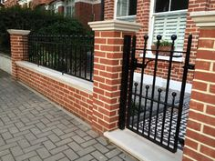 Gates & Railings Gallery - London Gates and Railings Victorian Front Garden, Victorian Terrace House, Edwardian House, Brick Fence, Front Yard Fence, Backyard Fences, Diy Fence, Garden Fencing, Fence Ideas