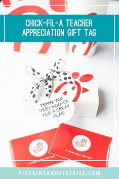 Chick-fil-a Gift Tags - Pigskins & Pigtails, Gift Card Basket, Gift Card Boxes, Gift Tags, Food Gift Cards, Gift Card Bouquet, Thank You Teacher Gifts, Teacher Stuff, Cow Appreciation Day, Best Friend Birthday Cards