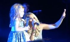 Carrie Underwood Brings Little Girl on Stage to Sing 'See You Again' [VIDEO]