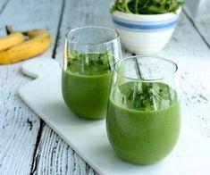 Avocado, grape, banana, and cilantro smoothie | Choosing Raw