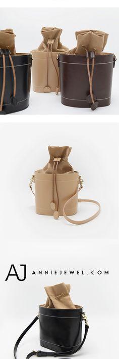 DESIGNER BUCKET BAG GENUINE LEATHER SHOULDER BAG CROSS BODY BAG PURSE CLUTCH FOR WOMEN Carrier Bag Holder, Leather Handbags, Leather Bag, Clutches For Women, Computer Bags, Leather Shoulder Bag, Designer, Purses And Bags, Body Bag