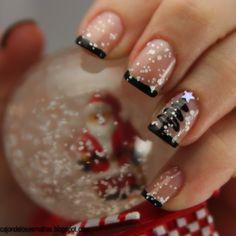 Holiday Nail Art, Black Nail Designs, Christmas Nail Art Designs, Christmas Ideas, Merry Christmas, French Christmas, Simple Christmas, Green Christmas, Christmas Colors