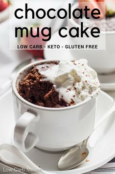keto chocolate mug cake makes the BEST low carb dessert.This keto chocolate mug cake makes the BEST low carb dessert. Microwave Chocolate Mug Cake Dessert Bars, Dessert Mousse, Keto Dessert Easy, Dessert Recipes, Keto Chocolate Mug Cake, Keto Mug Cake, Chocolate Mug Cakes, Chocolate Chips, Healthy Chocolate