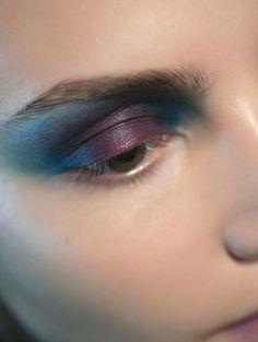 10 Gorgeous Purple Eye Shadow Ideas - eggplant + teal eyeshadow combo