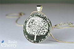 tree necklace pendant