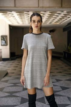 2019 Casual Fashion Trends For Women - Fashion Trends Casual Outfits, Fashion Outfits, Womens Fashion, Outfits Otoño, Style Olivia Palermo, Pullover, Ideias Fashion, Dressing, Short Sleeve Dresses