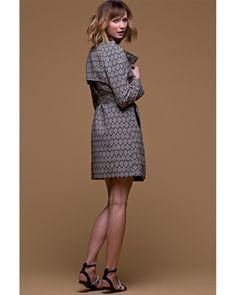 Look #chic sans effort avec un #manteau d'été #jacquard graphique noir/écru