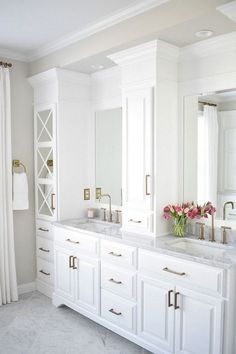 Bathroom a few ideas, bathroom renovation, master bathroom decor and master bathroom organization! Master Bathrooms may be beautiful too! From claw-foot tubs to shiny fixtures, these are the master bathroom that inspire me the essential. Bad Inspiration, Bathroom Inspiration, Bathroom Ideas, Design Bathroom, Bathroom Sinks, Bathroom Cost, Bathroom Layout, Basement Bathroom, Bathroom Showers