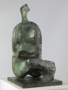 Henry Moore OM, CH 'Seated Woman: Thin Neck', 1961 © The Henry Moore Foundation. All Rights Reserved