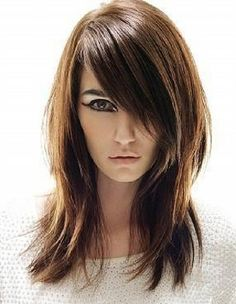 medium layered hair / sideswept bangs I think this would be a good hair cut for you :) Bangs With Medium Hair, Medium Layered Hair, Medium Hair Cuts, Medium Hair Styles, Long Bangs, Medium Cut, Edgy Long Hair Styles, Heavy Bangs, Thick Bangs