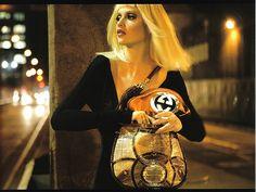 Cintia Dicker - http://maxblog.com/14467/cintia-dicker-4/