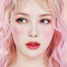 Pony park hye min make up ★○★ Korean Makeup Look, Korean Makeup Tips, Korean Makeup Tutorials, Korean Beauty, Pony Makeup, Makeup Lipstick, 50s Makeup, Makeup Cosmetics, Dark Skin Makeup