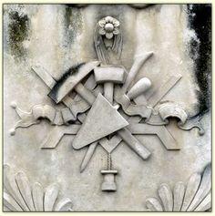 Versetzer Seinmetz Illuminati, Masonic Lodge, Masonic Symbols, Eastern Star, Freemasonry, Stone Carving, Ancient Egypt, Sash, Audi