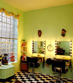 Adorable Vintage Salon