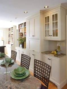Traditional Dining Room Sideboard Design, Pictures, Remodel, Decor and Ideas - page 24