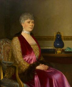 Leonard Campbell Taylor — Queen Mary, 1928 : Royal College of Music, London. Queen Mary, Princess Mary, Queen Elizabeth Ii, Windsor, Adele, Manchester Art, Duchess Of York, Casa Real, Queen Of England