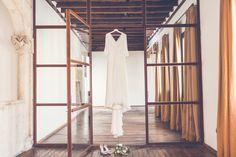 La boda de Adriana y Esteban en Palacio de Montarco. Foto Elena Bau Vestido de Sole Alonso