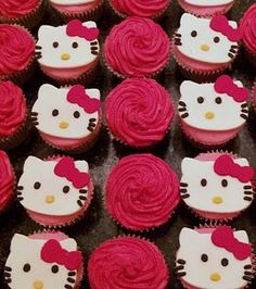 Hello Kitty Cupcake. Not a big fan of Hello Kitty but this is rather cute.