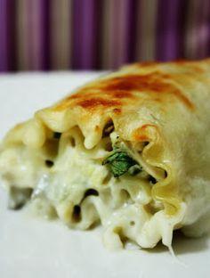 Daily Deliciousness: Chicken Alfredo Lasagna Rolls